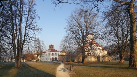 Zilina, Eslovaquia: 城堡的西侧