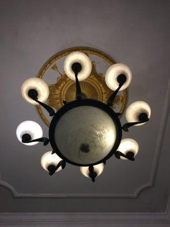 Queen's Hotel: photo0.jpg