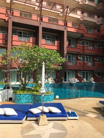 Blue Ocean Resort: photo0.jpg