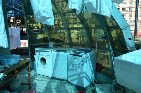Guilin Oasis Inn: 酒店有个平台,可以让客人使用洗衣机,烘干机,还可以自然晾晒衣服,阳光充足,很方便