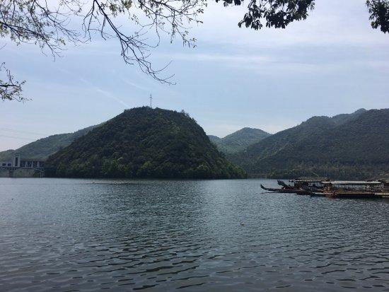 Fuchun Taoyuan Scenic Resort of Hangzhou: 杭州富春桃源