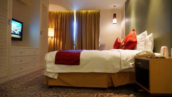 Mercure Chengdu North Hotel Photo