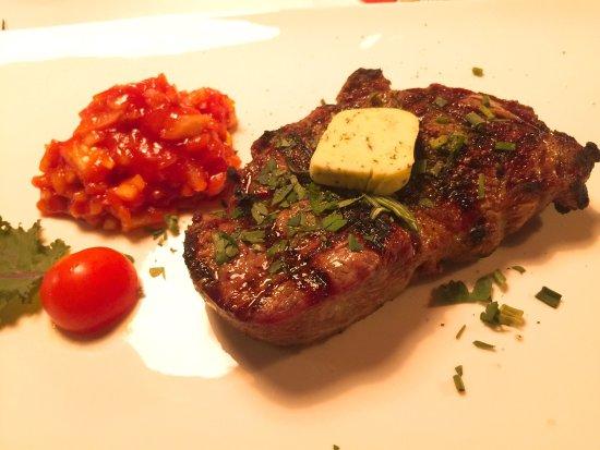 Steakhaus Römerhof: steak is quite delicious!
