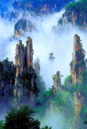 Xianyang, China: 爱琴海酒店