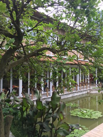 CTN Garden Hotel: It's very beautiful and peaceful place good to stay