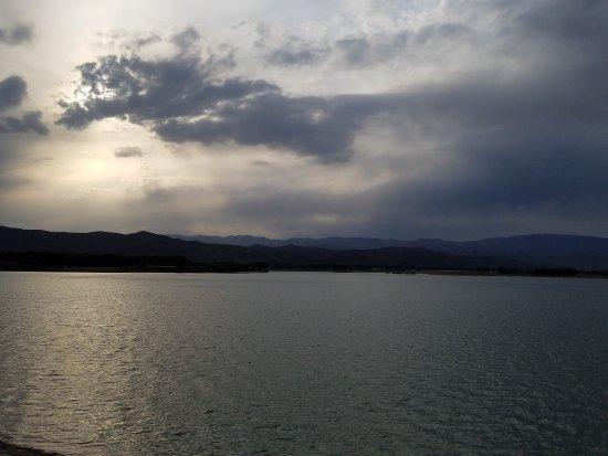 Xinzhou, China: 奇村温泉疗养区与双乳湖