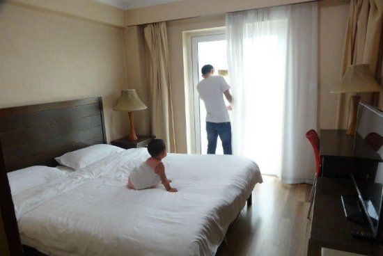 Sunny Inn: 卧室在阳面,阳光充足
