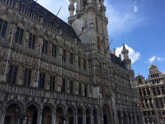 Photo of Monument / Landmark Town Hall (Hotel de Ville) at Brussels 1000, Belgium