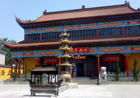 Fengyang County, China: 不过其实建筑都是新的