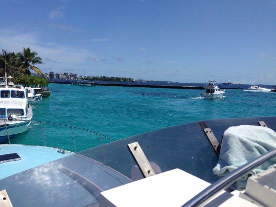 Kaafu Atoll: 机场岛
