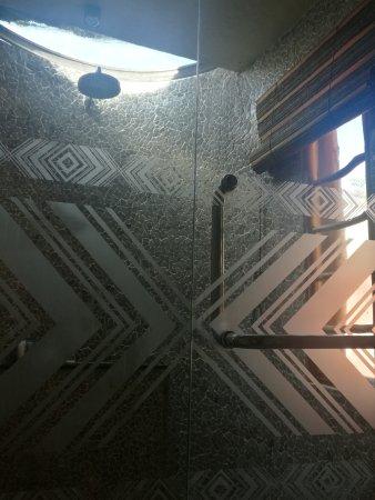 Mara River Safari Lodge: 浴室