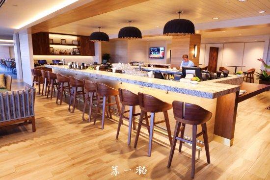 100 Sails Restaurant & Bar: 百帆餐厅酒吧