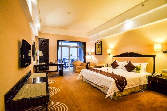 Biguiyuan Fenghuang Hotel