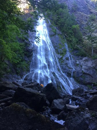Brinnon, WA: Rocky Brook Falls Trail