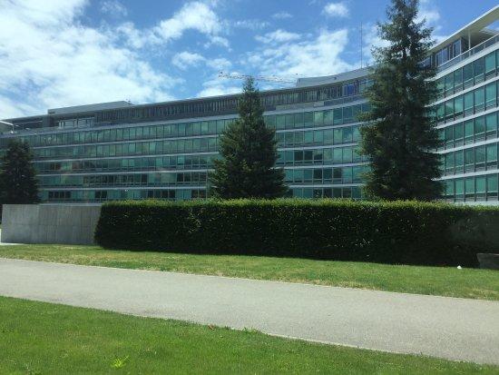 Palais Nestlé: Nestle Headquarters (Palais Nestle)