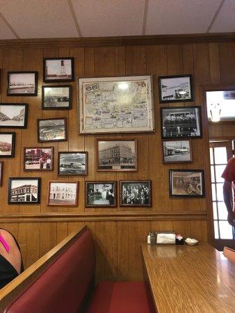 Vinita, OK: Clanton's Cafe