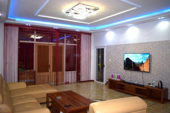 Dandong, China: 客厅18341513307