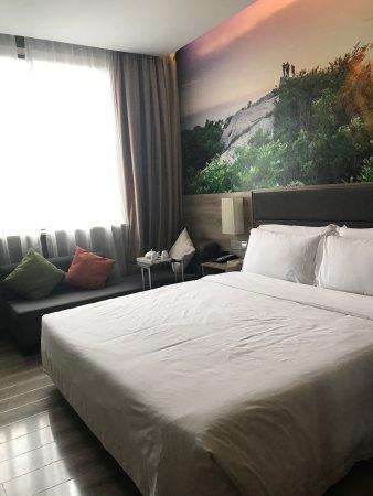 Lianyungang, China: 连云港海滨亚朵酒店