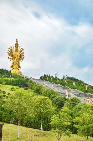 Miyin Temple: DSC_6288-01_large.jpg