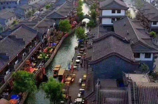 Luan County, China: 滦州古城景区