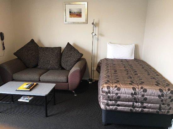 Admiral Court Motel & Apartments: photo3.jpg