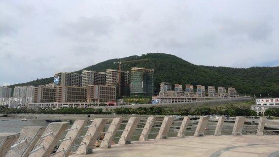 阳江山海湾假日酒店 Yangjiang Mountain Gulf Holiday Hotel