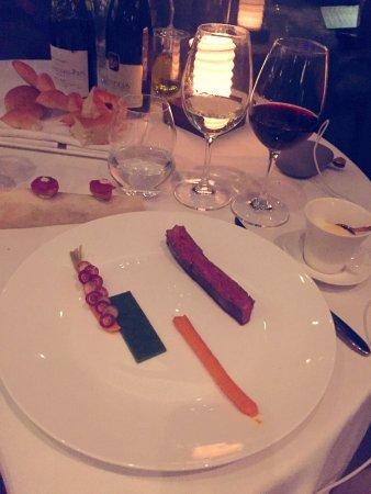 愉悦的晚餐体验