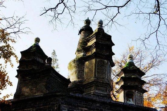 Xiangyang, China: 秋天的广德寺