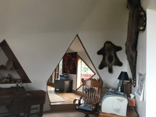 Denali Dome Home Bed and Breakfast: 热情的主人,豪华的房间,充满艺术气息,美味的早餐体验了美国餐桌文化,主人帮你预定行程,完美体验