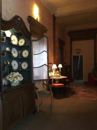 Home Fleuri: 弗勒里旅馆