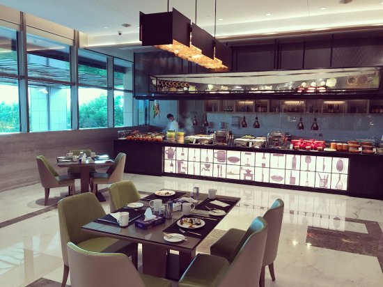 Quanzhou, จีน: 全日餐厅