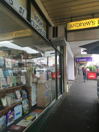 Ivanhoe, Australia: Andrew's Bookshop