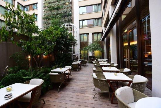 Mandarin Oriental, Paris: 露天餐厅
