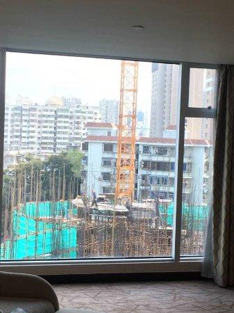 Swiss Grand Xiamen : 这种楼距还能住吗?