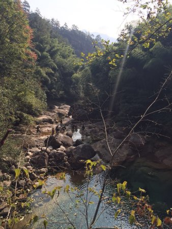 Emerald Valley : photo1.jpg