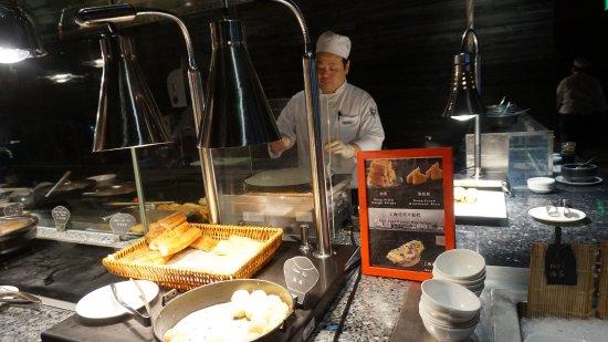早餐有上海本地传统小吃