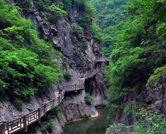 Longnan, จีน: 西狭颂风景区