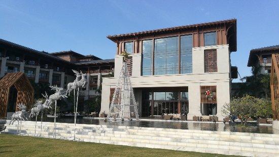 Shenzhen Marriott Hotel Golden Bay Photo