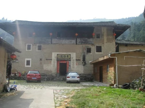 Qingdelou Inn