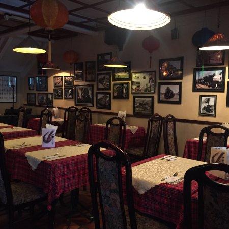 V Cafe (Restaurant/Bar/Live Music): photo2.jpg