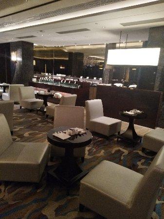 Hilton Guangzhou Tianhe: IMG_20180227_221338_large.jpg