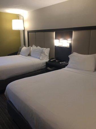 Holiday Inn Express Ramsey-Mahwah Photo