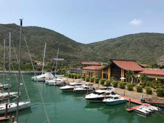 The St. Regis Sanya Yalong Bay Resort Photo