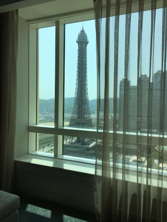 Four Seasons Hotel Macau, Cotai Strip Photo