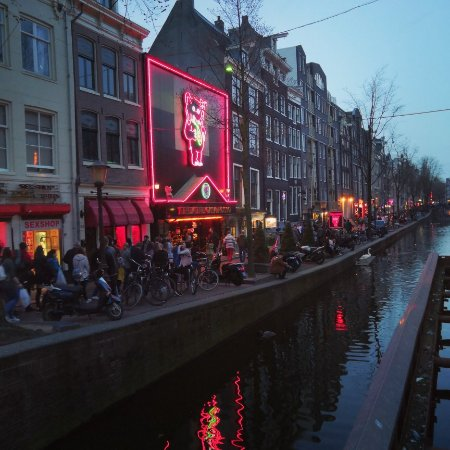 Live straight sex shows in amsterdam