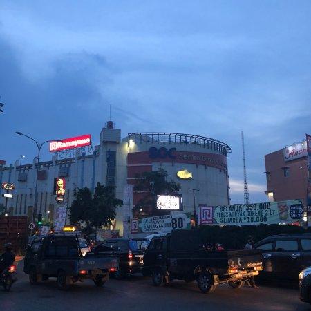 Sentra Grosir Cikarang: photo2.jpg