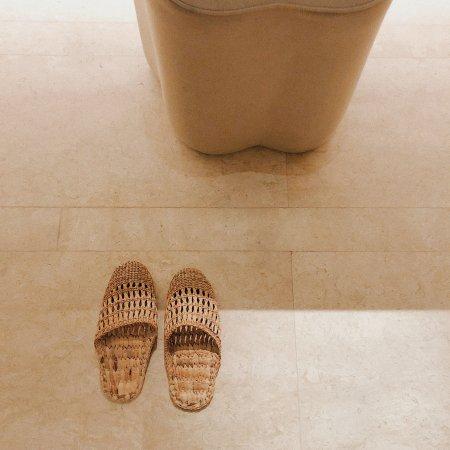 Park Hyatt Bangkok: SPA中心的洗浴的拖鞋很不错