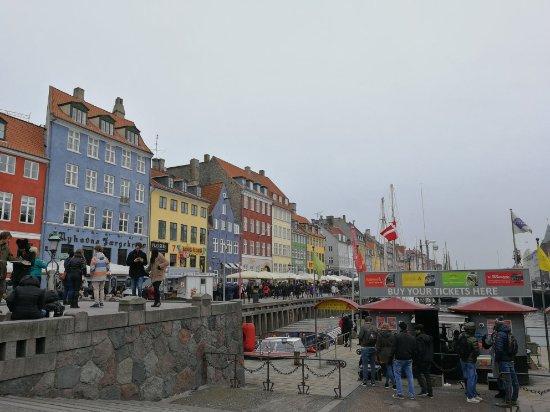 Nyhavn: 2018年3月底去的那个时候并不算是一个很好的时间,因为还是很冷的