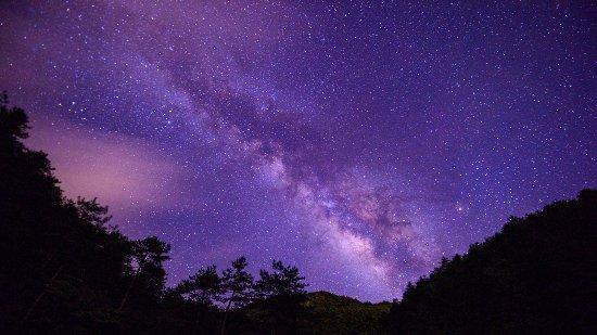 Longquan Mountain of Lishui: 位于浙江丽水市龙泉市凤阳山的龙泉山拍星空最美不过了,看到星空