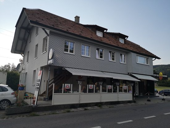 Munsingen, Zwitserland: Aare Pizza